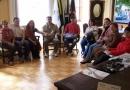Vice-prefeita se reúne com professores do curso de Educação Musical da UAB